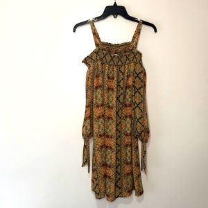 AUW bare shoulder dress size Large
